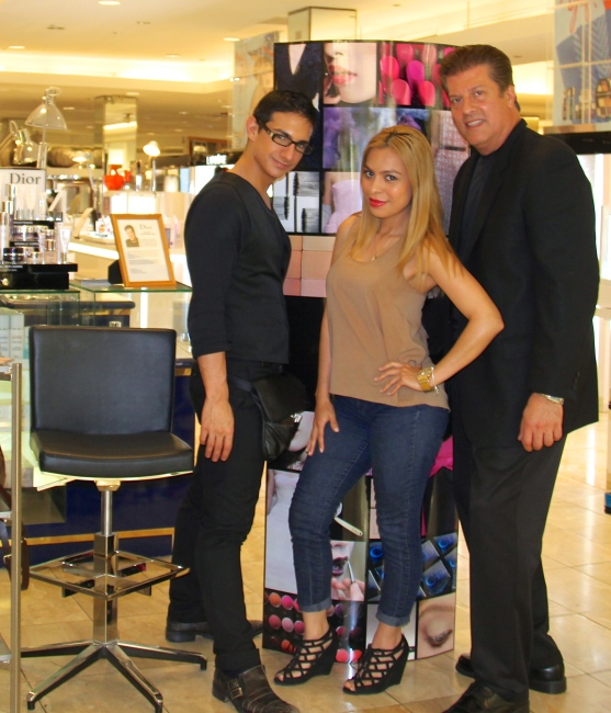 A Mommiez Fashion Diary (Yessenia Ramos) Nick Caridi Regional Makeup Artist Chris (Beauty Stylist)