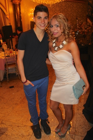 A Mommiez Fashion Diary (Yessenia Ramos) with Nick Tangorra Band