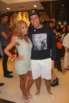 A Mommiez Fashion Diary (Yessenia Ramos) with Perez Hilton