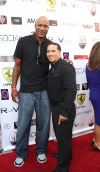 Photographer: Rogers Perez with NBA Ron Harper